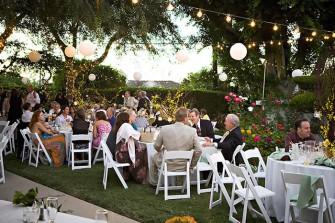 backyard-wedding-reception3